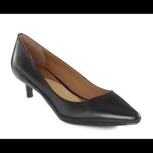 CALVIN KLEIN Leather Kitten Heels Size 8.5 NWT